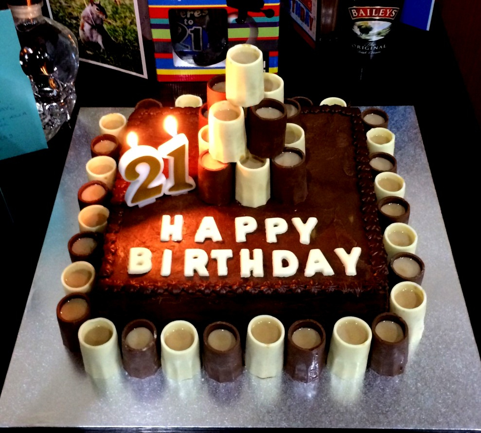 989 X 890 In 21 Exclusive Image Of 21St Birthday Cakes