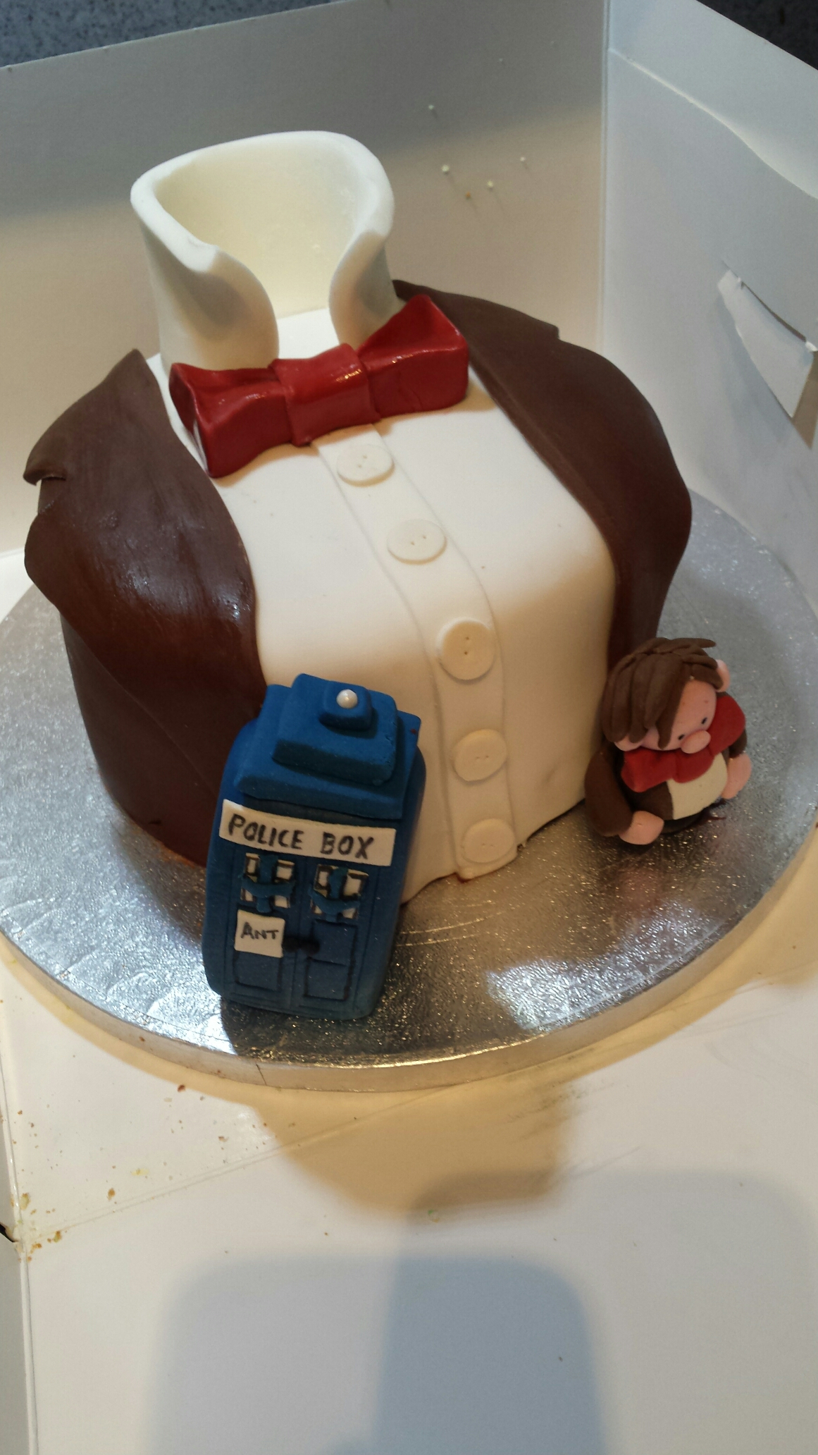 2064 In 30 Marvelous Photo Of Dr Who Birthday Cake